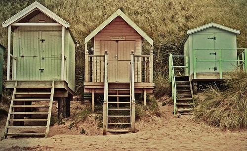 beachhuts2.jpg