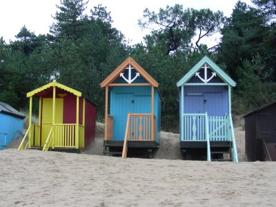 beachhuts3.jpg